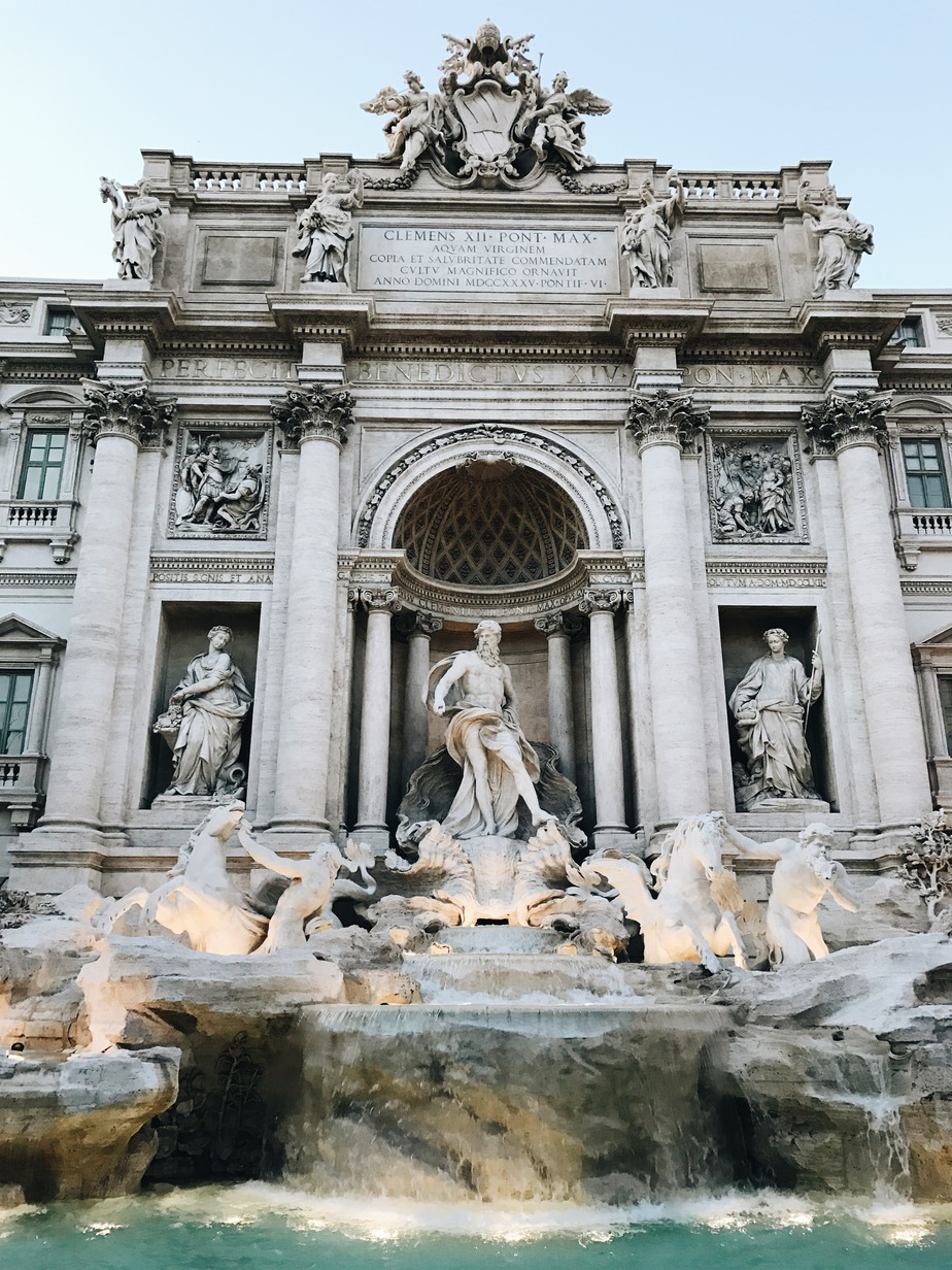 Trevi FOuntain | Stolen Inspiration | New Zealand Travel & Fashion Blog | Rome Corsica Croatia
